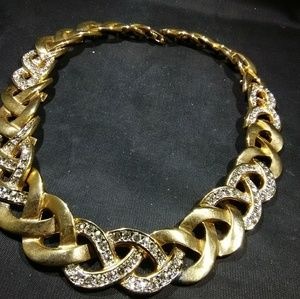 Gold linked necklace with rhinestone heavy